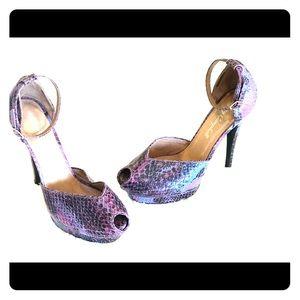 Purple snake print peep toe heel
